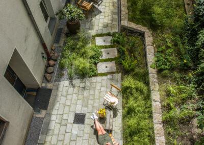 Hinterhof Brilliant Apartements